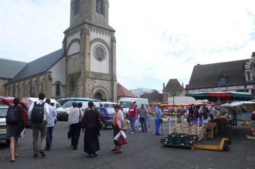 La place du marché de Pionsat