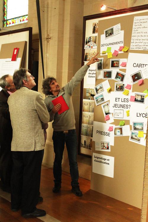 Jean-Christophe Coulon et les particpants à la Transfo exposent leurs travaux aux visiteurs